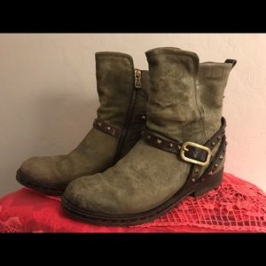 A.S. 98 Women's Ankle Boots, size 7